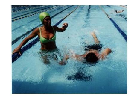 La natación y sus beneficios en las personas con TEA