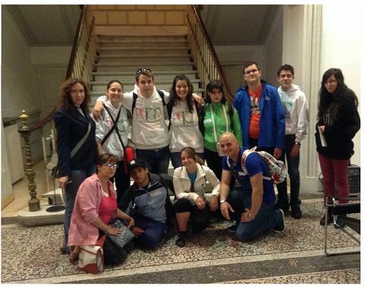 Personas con autismo visitan el Museo Nacional de Artes Decorativas