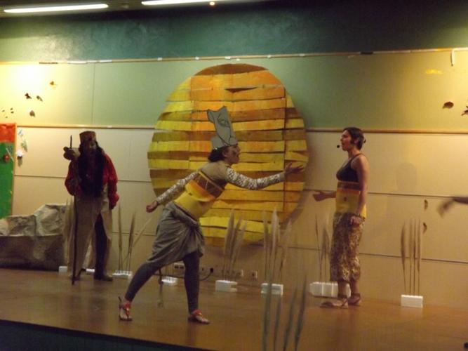 Espectáculo de 'El Rey León' en la Asociación Nuevo Horizonte