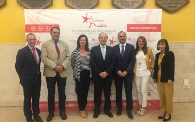 Fundación Orange y Autismo Madrid impulsan la señalética con pictogramas en hospitales y centros de atención primaria